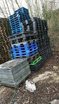 Various plastic pallets any quantity as per pictures