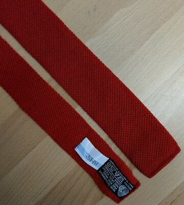 Gents vintage 1980s red wool knitted tie mod flat end 5cm West German