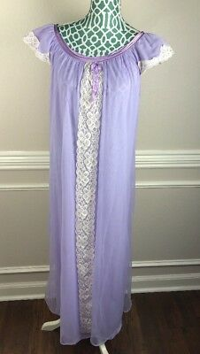 Vintage Peignoir Womens Medium Night Gown Lavender Purple Lace Semi Sheer Nylon