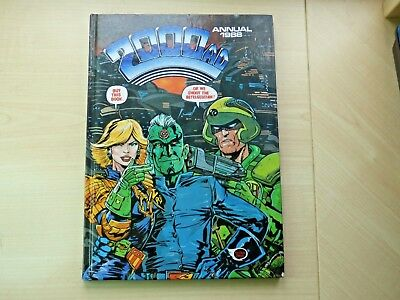Vintage 1988 2000 AD Annual, not price clipped and in very good condition