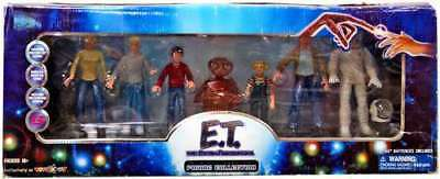 E.T. the Extra Terrestrial 20th Anniversary Limited Edition Figure Collection