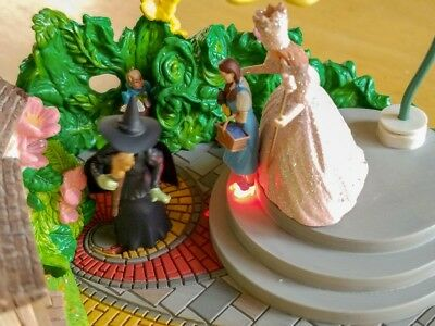 Hallmark Wizard of Oz I'll Get You My Pretty 2006 Table Top Light Sound Move