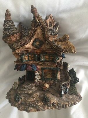 Boyds Bearly-built Villages Mr Pennypitcher's Collectibles Shoppe