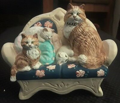 1989 Lauren Marems Hand Painted Sculpture Art Cat and Kittens on Couch - USA