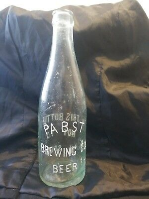 PABST BREWING CO. BEER crown bottle W.F.&S MIL. Milwaukee wisconsin