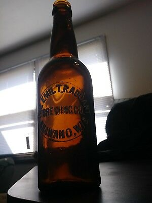 THE EMIL T. RADDANT BREWING CO. SHAWANO WIS. crown top bottle in great shape