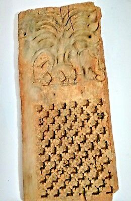 Vintage Old Tribal OCCULTIST Carving Wooden Figure Wall Panel Collectible decor