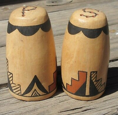 Unusual Jemez Pueblo New Mexico Salt and Pepper Shakers Signed Mary R Toya