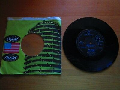 Capitol Records/ Bobby Vinton/ Mr. lonely/ The Bell that coulon´t Jingle