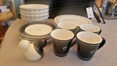 18 pc Disney Store Home Collection Mickey Mouse Dinnerware Set & 18 PC Disney Store Home Collection Mickey Mouse Dinnerware Set ...