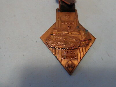 Allis Chalmers Tractors Road Machinery Watch Fob