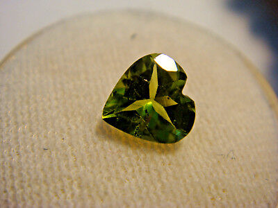 Peridot Heart Cut 7 mm x 7 mm Gemstone 1.25 Carats Natural Gem