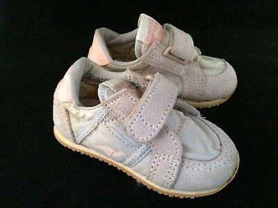 Kangaroo Baby Shoes Size 5 Vintage Pink Toddle Sneakers Velcrow