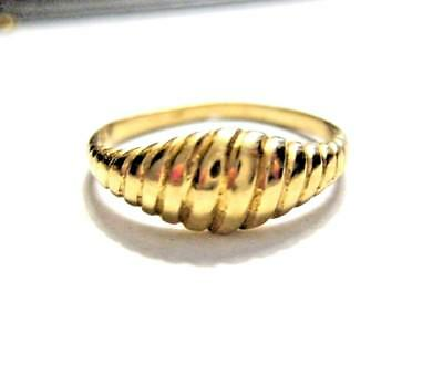 Small Vintage 14K Yellow Gold Ring Mini Fluted Dome  Size 4.25  1.6 gr