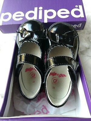 Pediped Originals Betty Black Patent Leather Mary Jane's Toddler 22  (US 6-6.5)