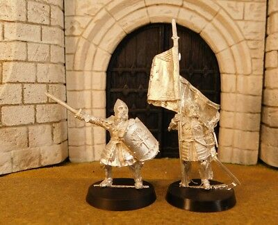 MINAS TIRITH COMMAND - Lord Of The Rings 2 Metal Figure(s)