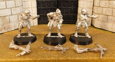 URUK HAI WARRIORS WITH CROSSBOW - Lord Of The Rings 3 Metal Figure(s)