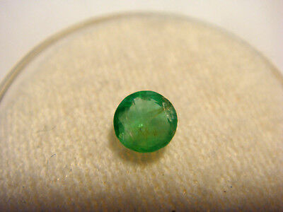 Emerald Round Cut Gemstone 0.35 Carats 4.5mm Gem Natural Columbian Emeralds
