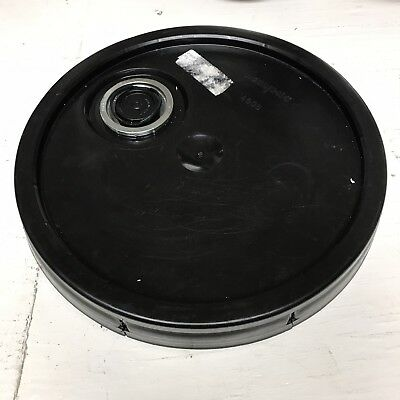 5 Gallon Bucket Lid With Pour Spout (10 per order!)