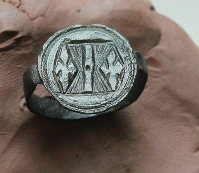 L6 Crusaders Ancient Medieval Bronze Seal Ring Lily  2.2g D size=18mm