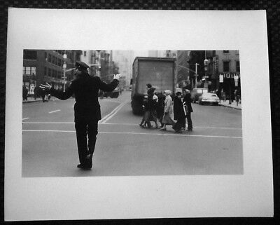 1980 Lawrence Frank New York City Patrolman Directing Traffic Original Photo