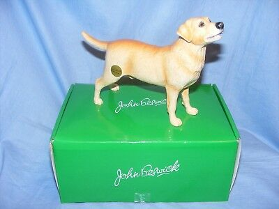 John Beswick Dog Labrador Yellow JBD100 New Boxed Figurine Present Gift