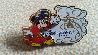 Mickey Sorcerer Logo white 2013 2 parks Castle Disney Land Paris Dlrp Dlp Pin
