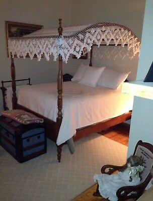 Antique Wood Full Size Canopy Bed