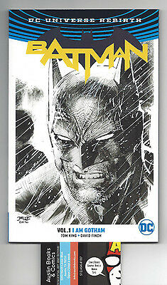 Batman Rebirth TPB 1 Per Store Jim Lee Variant ACTUAL SCANS
