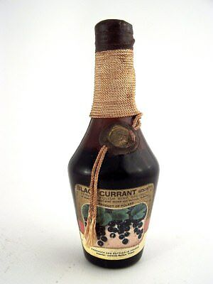 Miniature circa 1978 GOLIATH POLISH BLACKCURRANT Isle of Wine