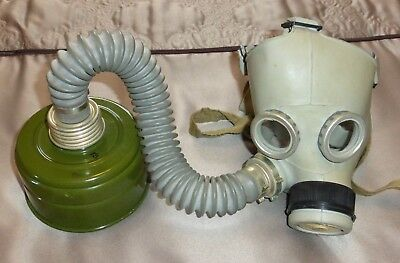 Military Soviet Russian Ussr Gas Mask Size 1