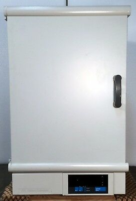 Fisher Scientific Gravity Convection Oven 750G / 5 cf / 50-275 C / 6  Mo. Wrty