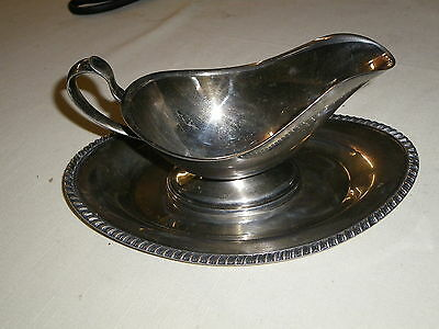 Crescent Silver Mfg Silverplate Gravy/Sauce Boat with Plate 2 Pieces S.P.N.S.