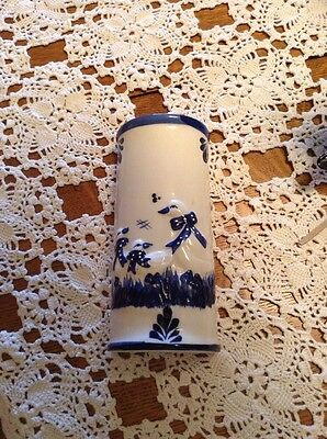 Nice cobalt blue hand painted trim vintage wall pocket in a duck w/babies design
