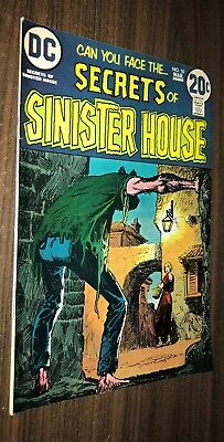 SECRETS OF SINISTER HOUSE #10 -- March 1973 -- VF/NM Or Better