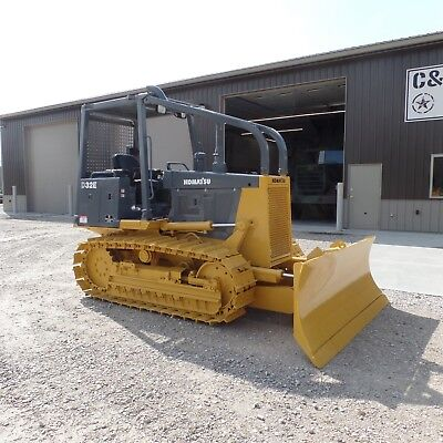2001 Komatsu D32E-1 Dozer Ex Navy Government Good shape! LOW HOURS!