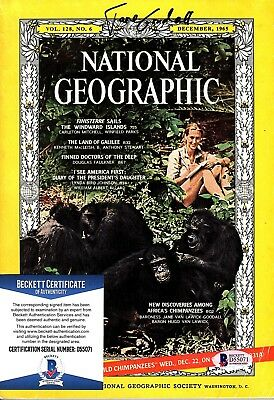 JANE GOODALL Signed AUTOGRAPHED NATIONAL GEOGRAPHIC MAGAZINE BECKETT #D55071