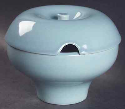 Iroquois Russel Wright CASUAL BLUE Redesigned Gravy Boat 2116641
