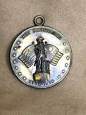 US Bicentennial 1776-1976 the Minuteman Bronze Commemorative Coin wNecklace Loop