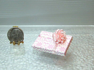 Dollhouse Miniature Wrapped Gift or Present with Bow #2