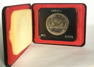 1972 Voyageurs Canada Silver Dollar With Box Exact Shown - Free Shipping