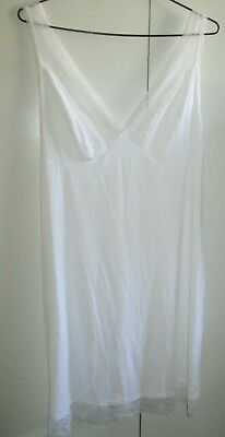 Ladies Target Collection size 16 Petticoat White Lace Panels