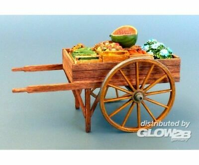 Plus model 513 Greengrocer trolley in 1:35