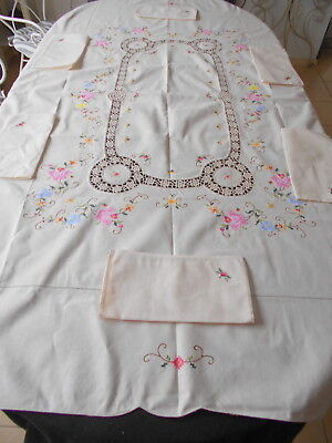 Vintage Cream Embroidered,crochet Lace Inserts Tablecloth + Napkins Unused