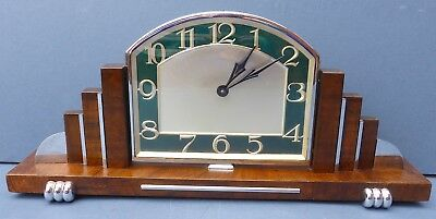 Stylish Vintage Art Deco Style Mantel Clock 1930s/40s Nice Face Needs Attention
