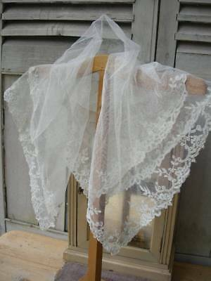 Antique Victorian tulle & Brussels lace shawl fichu veil 1880s