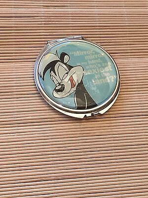 Pepe Le Pew Beauty Compact Looney Tunes Heart Love Warner Bros Stamped 1997