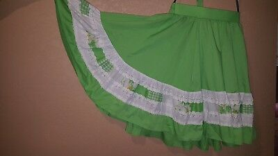 Fashions by Bettye Large Green White Lace Full Skirt Self Back Bow Vintage