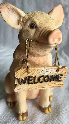 Sitting Pig Figurine, Pig With Welcome Sign in Mouth, Indoor, Outdoor, pre-owned