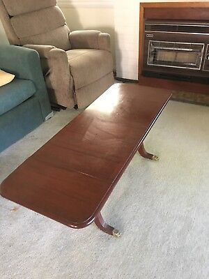 Antique extendable coffee table